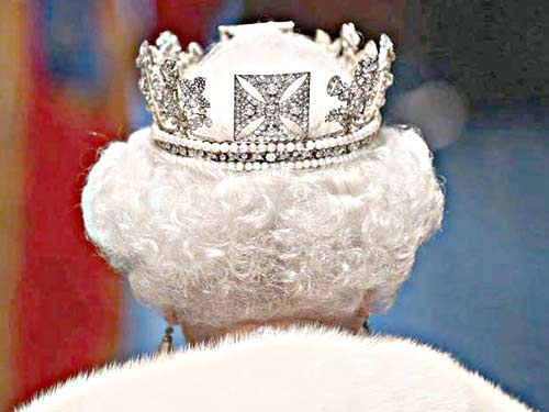 Статус королевы Шотландии