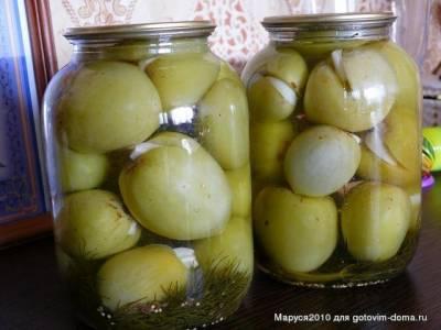 Рецепт засолки зеленых помидоров с чесноком и начинкой