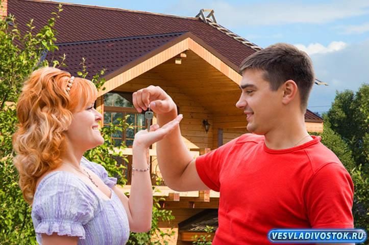 О продаже готовых загородных деревянных коттеджей
