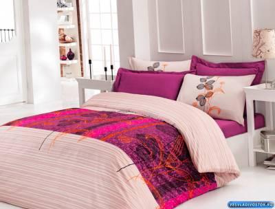 Покупатели всё чаще предпочитают приобретать одежду и постельное белье в интернет-магазинах