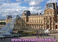 Лувр сохранил за собой статус самого посещаемого музея в мире