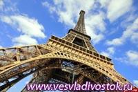 Реконструкция Эйфелевой башни начнется в январе 2012