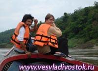 Поездка по реке Salawin - границе между Таиландом и Мьянмой