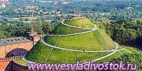 Достопримечательность курган Пилсудского в Кракове закрыта на ремонт
