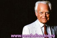 Умер самый старый миллиардер мира