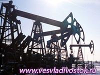 Падающая нефть подкашивает рубль