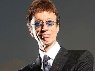 Умер певец Робин Гибб из легендарной британской группы Bee Gees